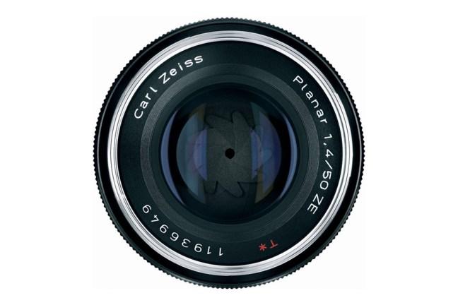 Zeiss Planar T* 50mm f1.4 Lens 07