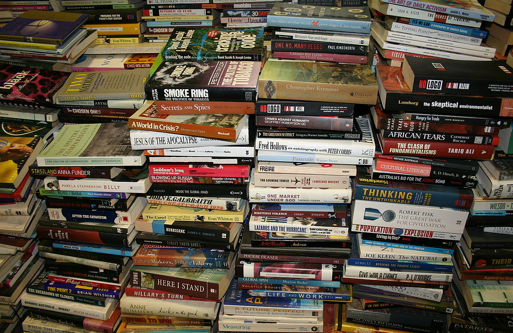 Indie Authors: Using Giveaways to Find New Readers and Sell More Books