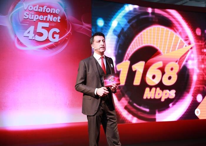 Vodafone'un noter huzurunda yaptığı testte Wi-Fi ve 4,5G birleştirilerek 1168 Mbps hıza erişildi.