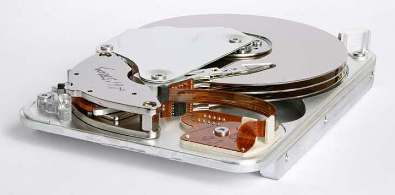 SSD nasıl çalışır ve HDD'ye göre neden avantajlı?