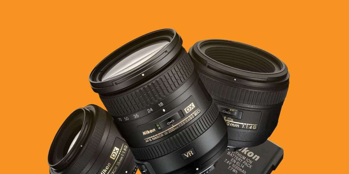 4 Must Have Items to go With Your Nikon D3100
