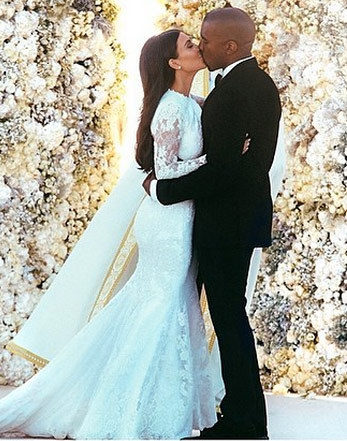 0527-kim-kardashian-kanye-wedding-dress-photos-02-480w