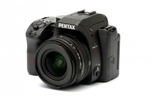 New-Pentax-products-on-display-at-CES-550x366