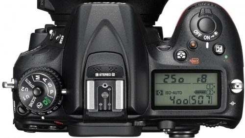 nikon_d7200_with_18-140mm_lens_top