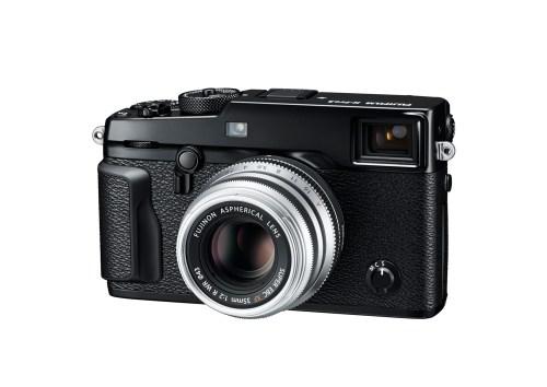 11_X-Pro2_BK_FrontLeft_35mmF2_Silver