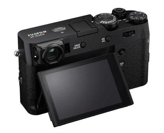 Vista trasera de Fujifilm X100V en color negro