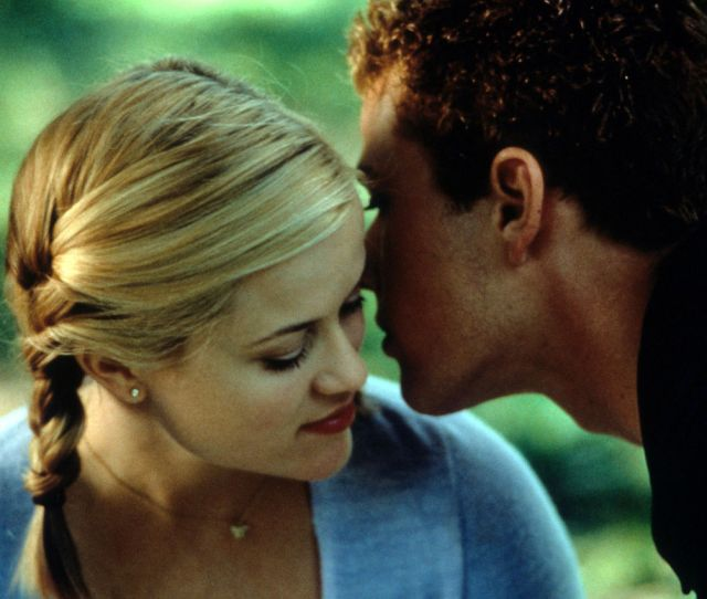 Reese Witherspoon And Ryan Phillippe In Cruel Intentions 1999