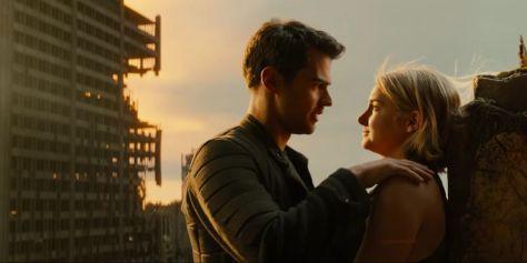 Theo James & Shailene Woodley in Allegiant