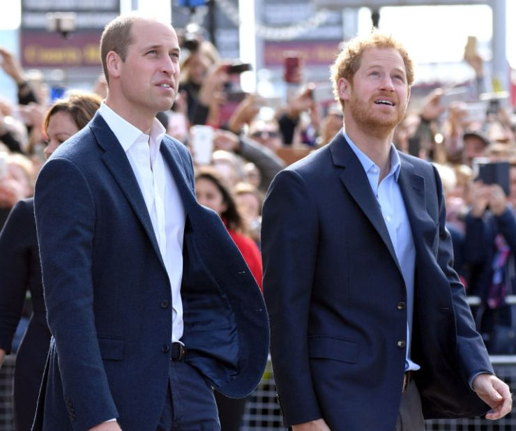 O Príncipe William, o Duque de Cambridge e o Príncipe Harry chegam para celebrar o Dia Mundial da Saúde Mental com Chefes Juntos no London Eye em 10 de outubro de 2016 em Londres
