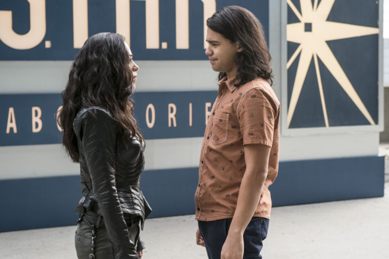 Gypsy and Cisco in 'The Flash'