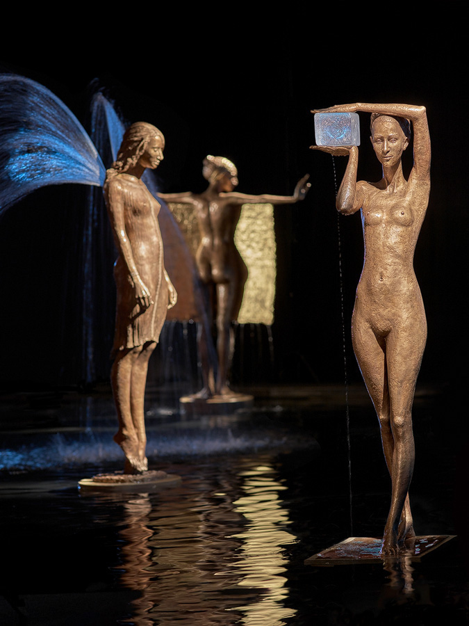 These Incredible Fountain Sculptures Use Water To Complete Their Story