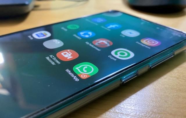 Cara Menggunakan Dual Messenger di HP Samsung