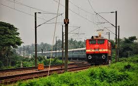 भारतीय रेलवे ने कई रूटों पर फिर से ट्रेनों का संचालन किया शुरू
