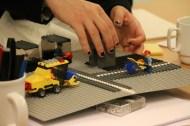 Legomodel af Klostertorv som bruges til overvejelse af placering af skærm. Toilettet er den grå klods.