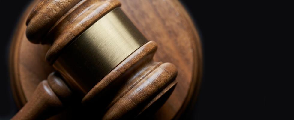 Le amaillet, l'un des accessoires des juges