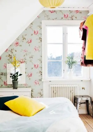 bedroom floral accent walls attic digsdigs girlish lovely pink statement comfydwelling pinning worth decor