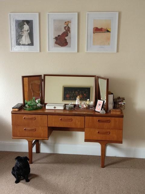30 Elegant MidCentury Dressing Tables And Vanities  DigsDigs