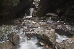 dover-stone-church-cave-falls