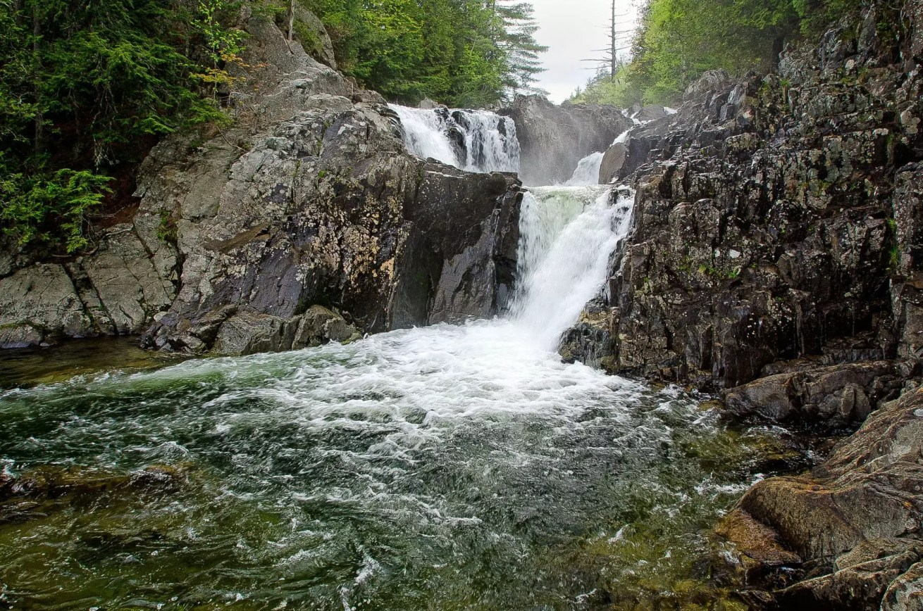 Split Rock Falls, must see waterfall,