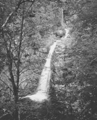 Hanging Spear Falls