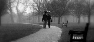 walking-in-the-rain-733600-m