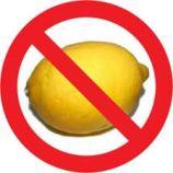 Evite usar limão ao temperar carnes vermelhas, de porco, aves ou peixes: prefira usá-lo ao servir. O limão pode amargar ou fazer vc perder o ponto do cozimento.