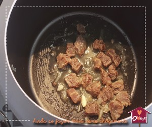 Receita de papinha: Polentinha com ragu de carne
