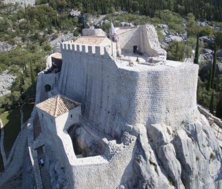 Grad koji je sagradio Tvrtko I sa Bosancima u Konavlima