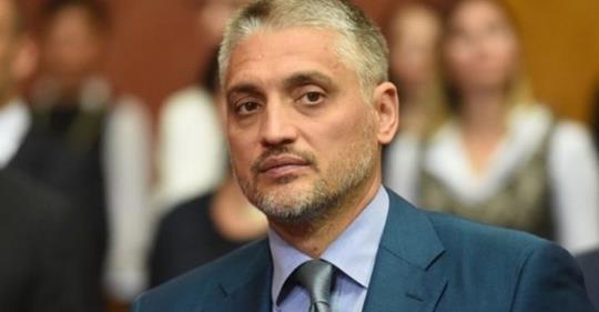 Potresna poruka Čedomira Jovanovića uzdrmala Balkan: Da li sanjaš život, a živiš smrt? Da li sanjaš mir, a živiš rat?…