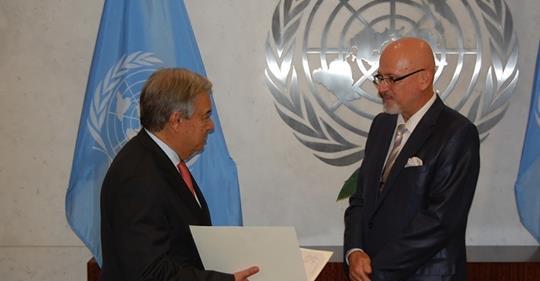 Smijenjeni ambasador Ivica Dronjić pisao čelniku UN-a i žalio se da su Komšića izabrali Bošnjaci