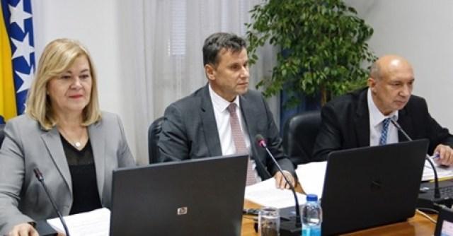 Vlada FBiH predlaže: Poslodavci jednostrano radnika mogu uputiti ...