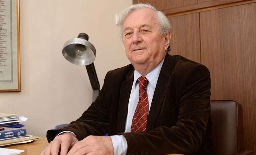 Prof. dr Slobodan Čikarić:  Da li loše misli izazivaju karcinom