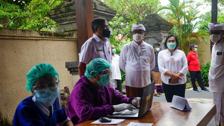 Jaya Wibawa Rutin Lakukan Peninjauan, Pemkot Maksimalkan Vaksinasi Menuju Sanur Zona Hijau