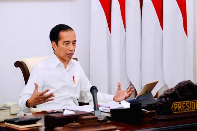 Presiden Jokowi Minta Petugas PPKM Tidak Bersikap Keras dan Kasar