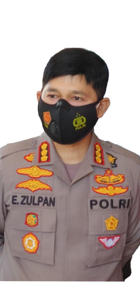 Polda Sulsel dan Polres Jajaran Aktif Tindaklanjuti Perintah Kapolri Terlibat Pembagian Bansos
