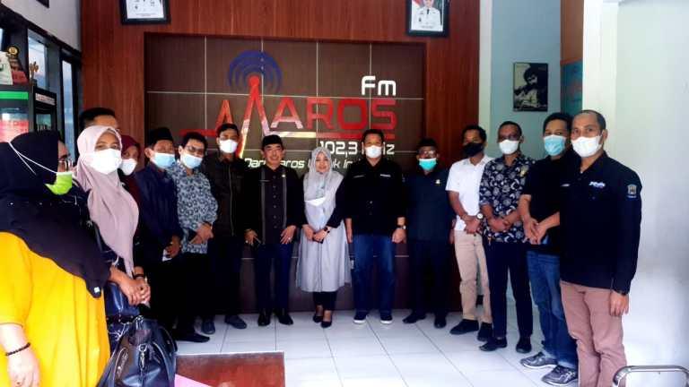 Kadis Kominfo Jeneponto Konsultasi Pengembangan LPPL Di Maros FM Dengan Anggota DPRD