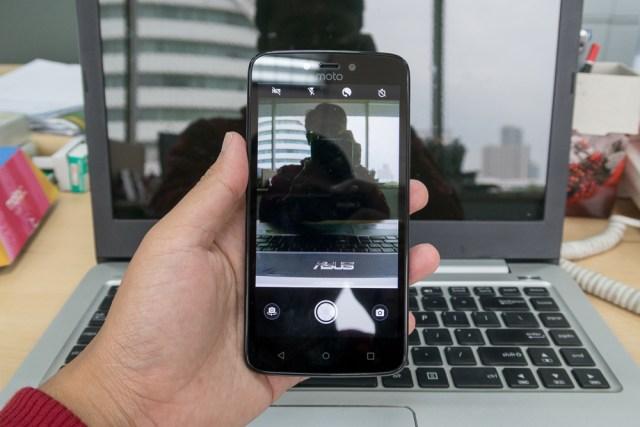 fitur kamera selfi moto c plus