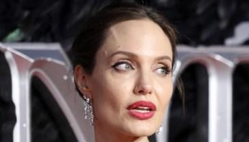 """Angelina Jolie contro Brad Pitt: """"Non è finita"""""""