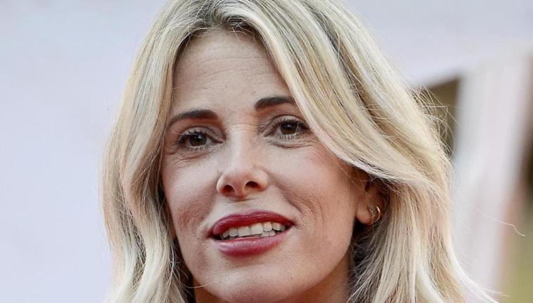 Alessia Marcuzzi potrebbe tornare a Mediaset: la proposta della rete
