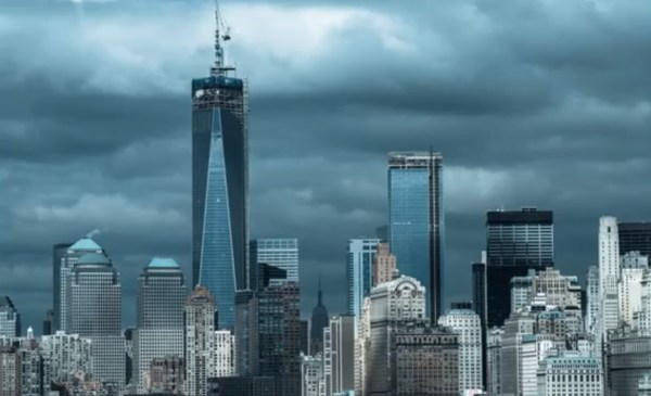 World Trade Center In York Reaches Final Height