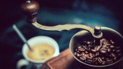 Choosing the Best Hand Coffee Grinder in 2019