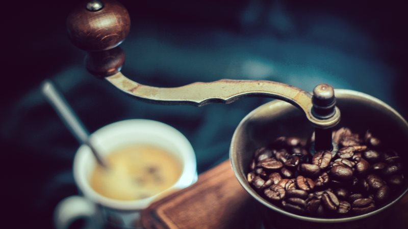 Best Hand Coffee Grinder Review