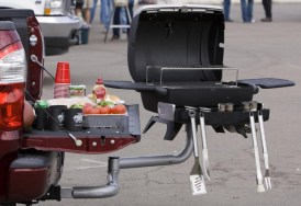 freedom-tailgate-party-grill2
