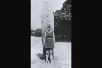 Agatha Christie at Waikiki, Hawaii, 1922