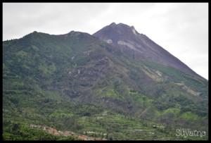 Pemandangan gunung Merapi dari Selo