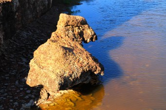 Wandina Station - Waterfall Rocks (WA)