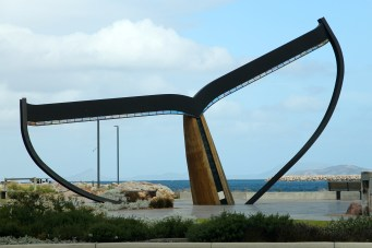 Esperance - Whale Tail Sculpture By Jason Wooldridge and Cindy Poole (WA)