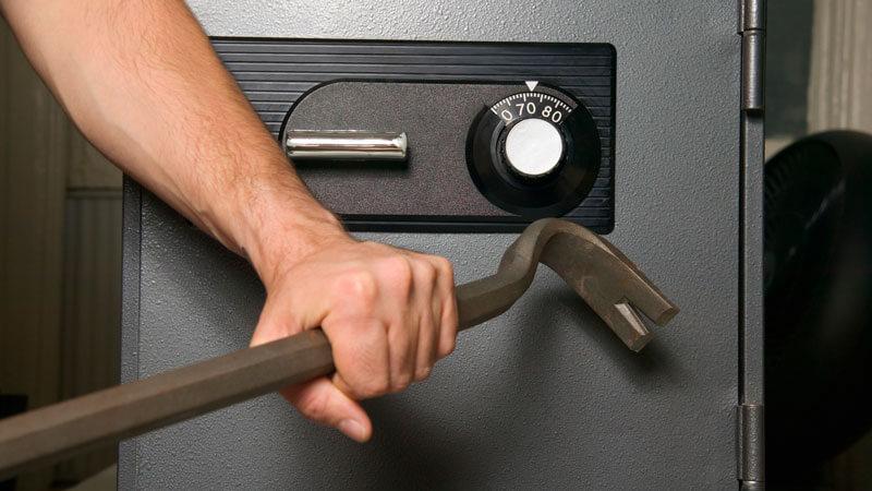 взломостойкие сейфы для дома