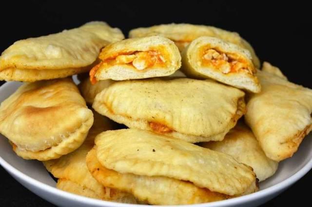 Empanadillas de pollo con masa casera