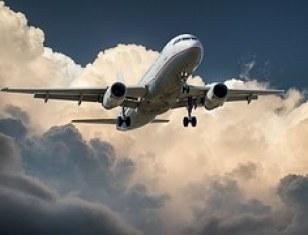 aircraft-537963__180